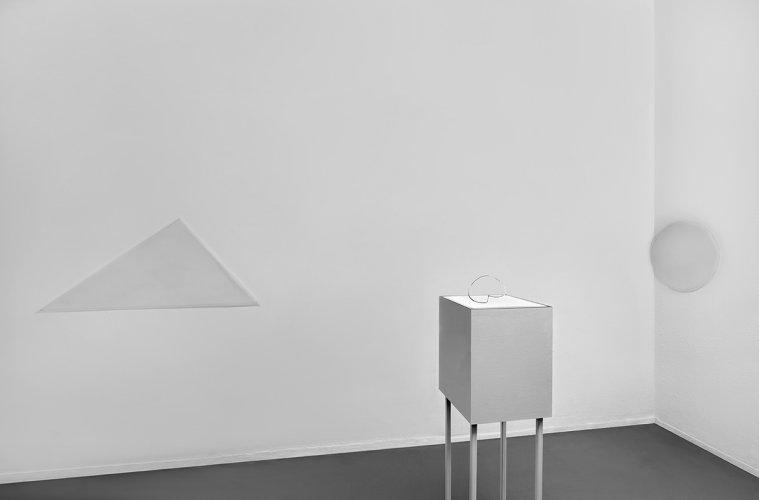 Jenny Brockmann Discourse Object #1 Aluminum Light 2018 photo Bernd Hiepe copyright the artist