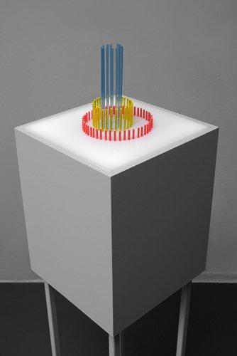 Jenny Brockmann Discourse Object #3 Acrylic Glass Light Motor Sound 2018 photo Bernd Hiepe copyright the artist